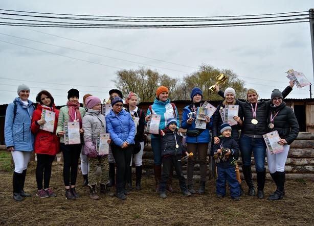 Озерские всадники на соревнованиях в Копейске