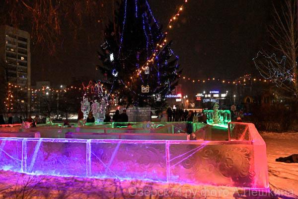 Ледовый городок накануне открытия